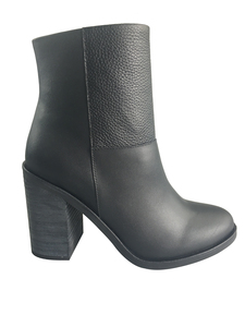 TALL BOOT-BLACK